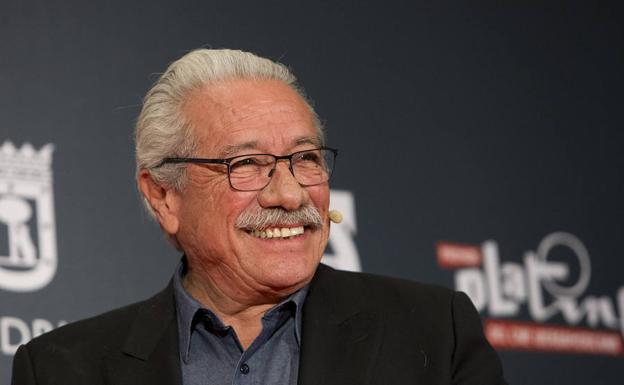 Edward James Olmos./Virginia Carrasco