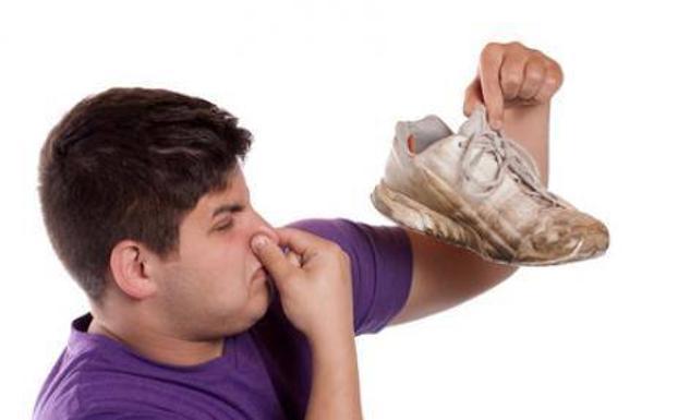 Trucos Para Eliminar El Mal Olor De Las Zapatillas Cosas Prácticas Las Provincias