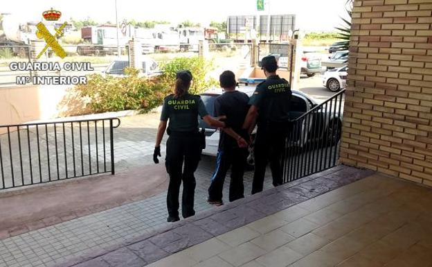 Dos detenidos por el robo con fuerza en 14 viviendas en - Viviendas en picanya ...