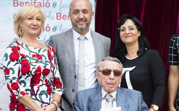 Vocente Choví recibió en 2018 el premio Ciudad de Benifaió.