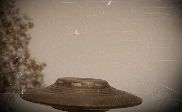 Ovnis sobre el aeropuerto de Manises y otros misterios bajo la luna ...