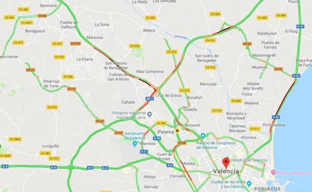 10 kilómetros de atascos en los accesos a Valencia