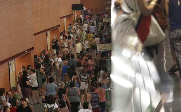 Convocadas las becas de 500 euros al mes para los candidatos de oposiciones al grupo A de la Generalitat Valenciana