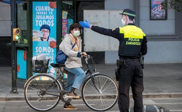 ¿Puedo ir en bici a trabajar? La Policía te da un consejo muy útil para evitar una multa