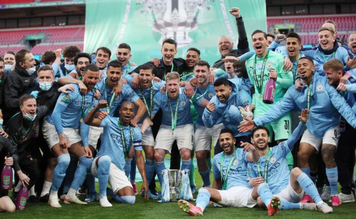 El Manchester City campeón de la Carabao