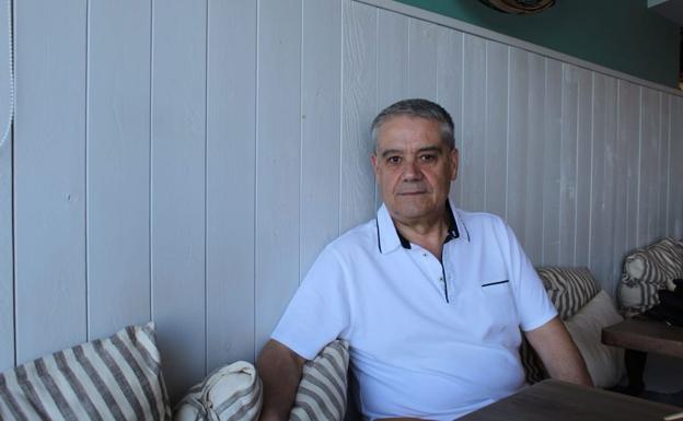 Rafael Andarias en su casa de Xàbia. /Kevin Carrió