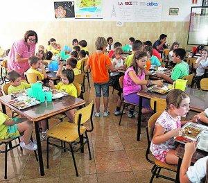 Padres piden que los comedores escolares atiendan a niños sin ...